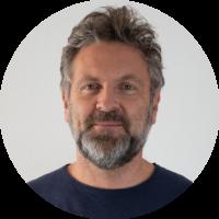 Massimo Mongardi - insegnante di Yoga presso Ananta - Lo Spazio del Corpo a Ravenna
